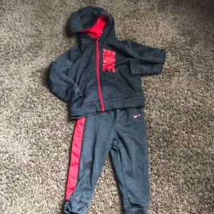 Toddler Nike 2 pc outfit